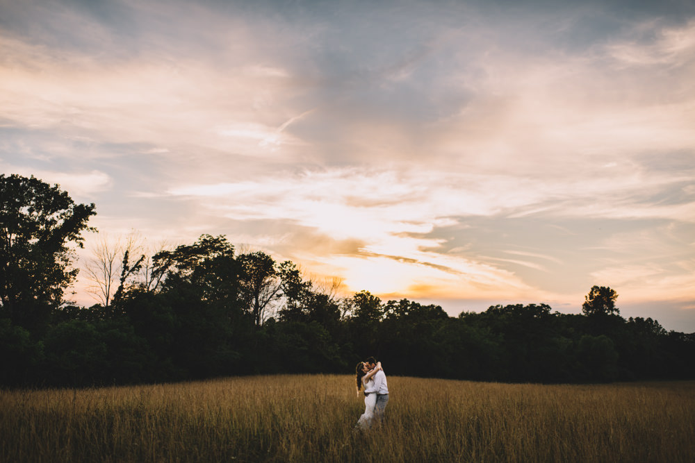 sunset wedding photography at old blue rooster wedding